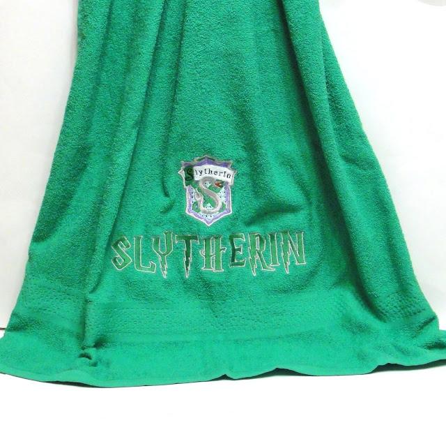 Зеленое махровое полотенце, 130 х 70 см Подарок фанату Драко Малфоя - подарок фанату Гарри Поттера