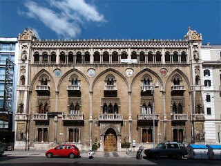 Palazzo Fizzarotti Bari Loving San Francisco