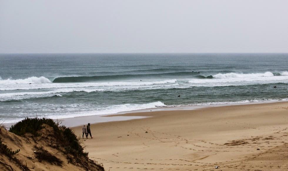 59 2014 Moche Rip Curl Pro Portugal Wave Foto ASP Damien%2B Poullenot Aquashot