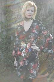 Sukienka w kwiaty :)