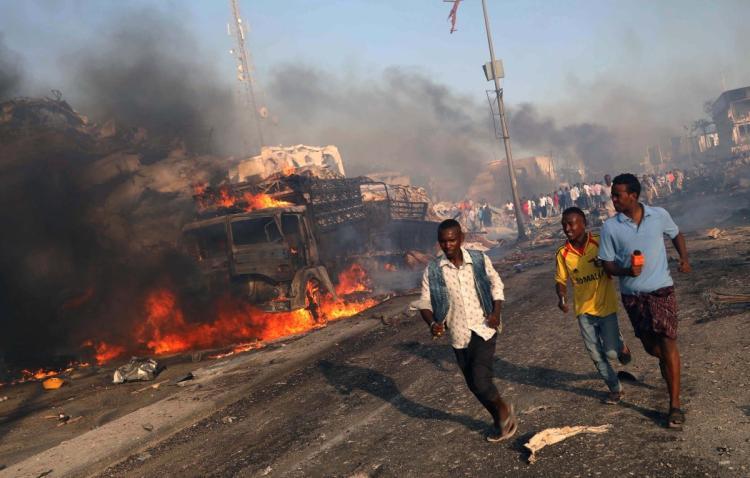 Terus Bertambah Korban Tewas dalam Serangan Bom Truk Mogadishu Jadi 358 Orang
