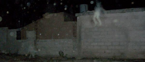 Retroavanguardismo case abbandonate e fantasmi for Disegni di case abbandonate