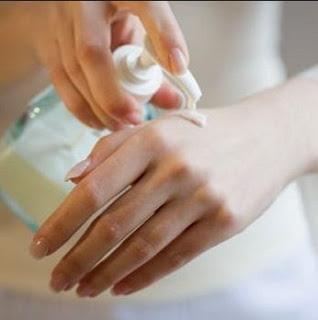Tips Memilih Lotion Susu Kambing yang Cocok untuk Kulit