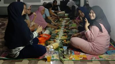 Sambut HUT RI Ke-76 Warga Perum Cikupa Asri Makan Bersama