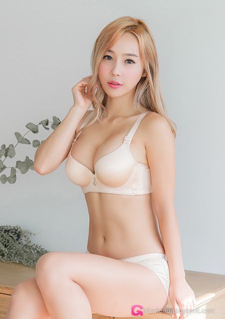 2 Lee Ji Na - very cute asian girl-girlcute4u.blogspot.com