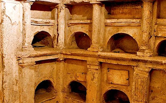 I colombari romani r lanciani for Vasi antichi romani