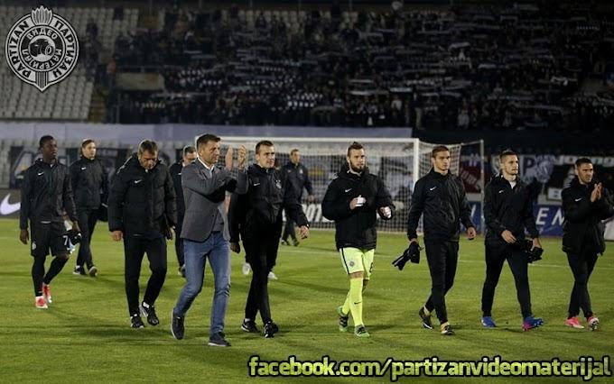 """Navijači jasno poručili: """"Đukiću odlazi!"""" (VIDEO)"""