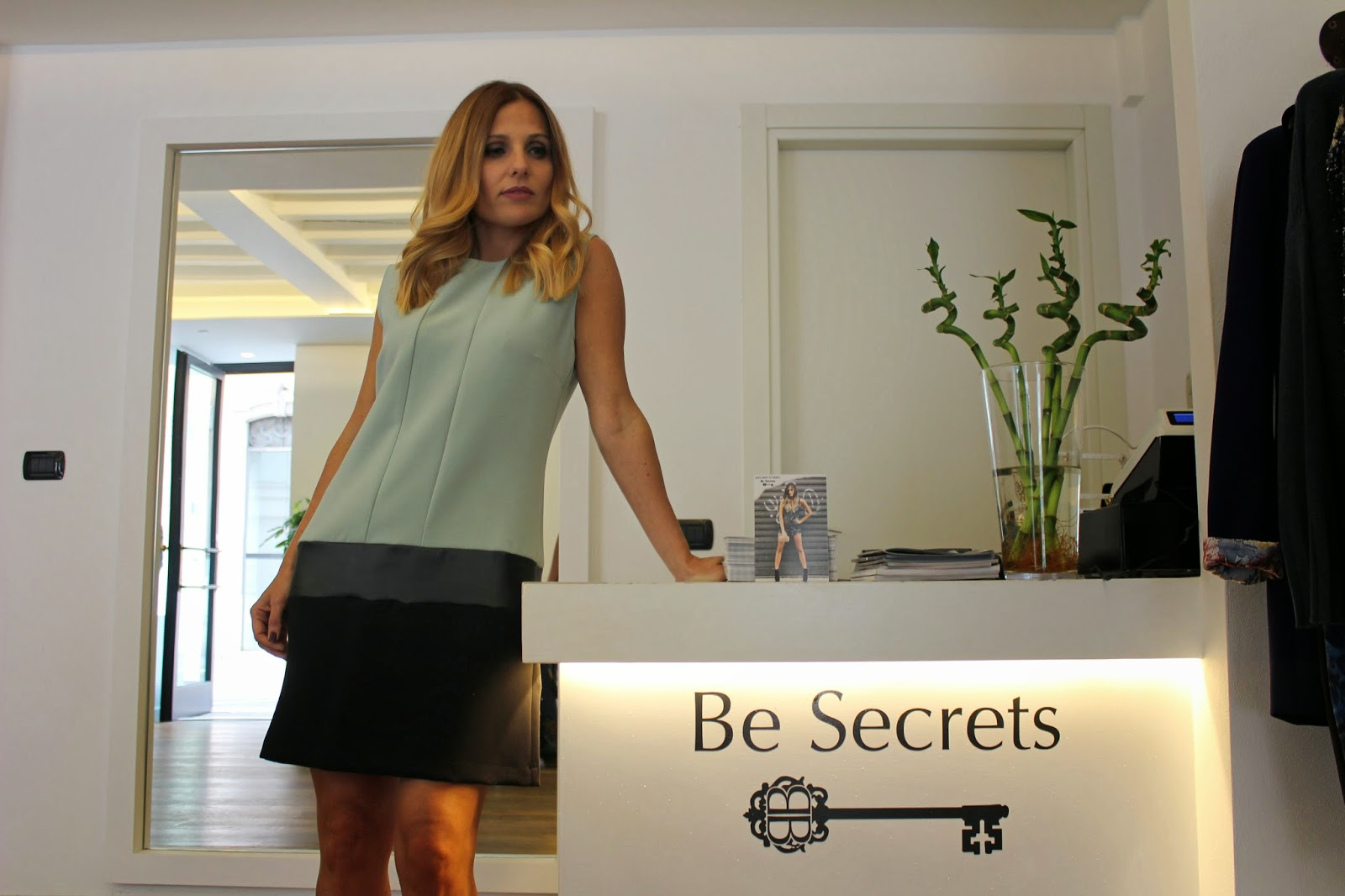 Eniwhere Fashion - Be Secrets - Vestito bicolore