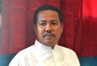 Sekertaris Daerah (Sekda) Kota Bima Drs Mukhtar MH