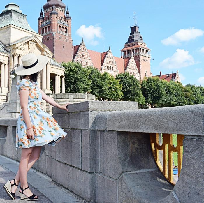 Sukienka koktajlowa Fiore z wykroju Burda Vintage 03/2014