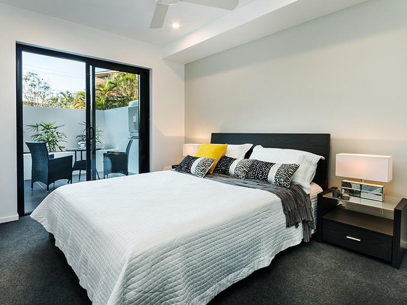Only 6kms South West Of Brisbane Cbd Vara Rises 6 Stories And Consists 34 Beautifully Ointed Apartments Ideally Located In The Thriving Suburb