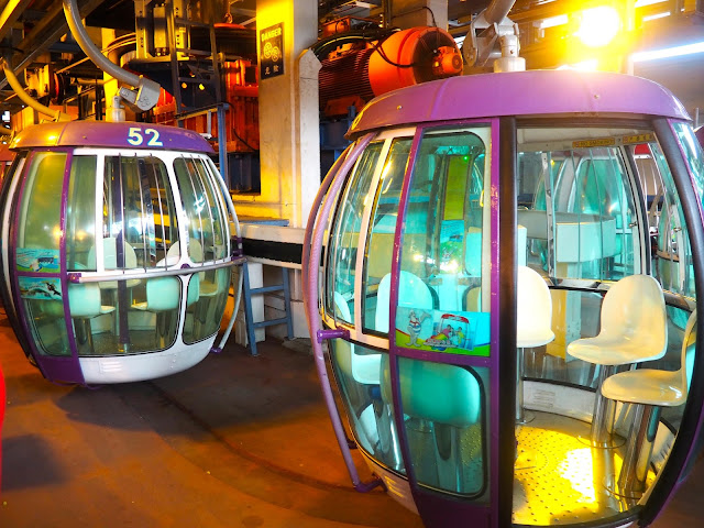 Cable cars, Ocean Park, Hong Kong