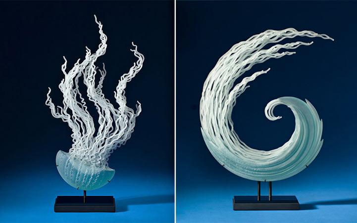 Esculturas de vidrio que fluyen inspiradas en los oceános y criaturas submarinas