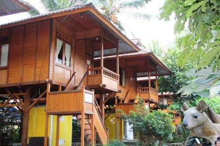 Rumah Menado 15 Org Rp 950000