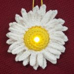 http://www.frommmetoyou.com/lighted-daisy-ornament-free-pattern/