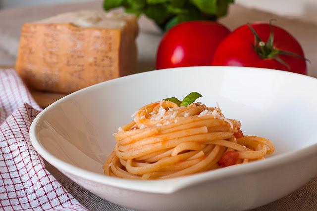 Pasta sa paradajzom