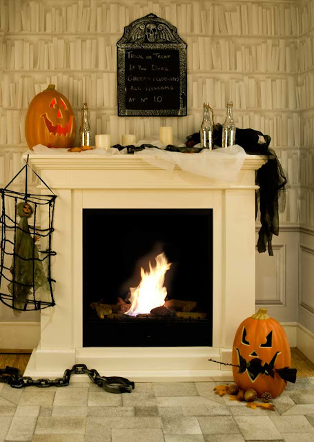 The mantelpiece is such a fantastic canvas to run wild with your creativity for the most haunting centrepiece feature.