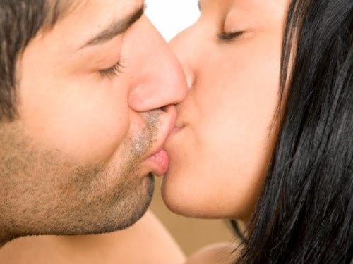 How to Master French Kissing Teen Dating Tips - YouTube