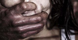 Φρίκη στη Ρόδο: Μας βίαζαν ο ένας μετά τον άλλο - Φώναζα βοήθεια