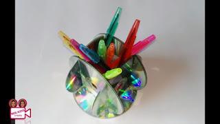 Tutorial Cara Membuat Tempat Pensil dari CD Bekas