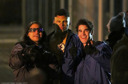 Glee Fans Live: Darren Criss filming TheFlash/Supergirl Musical Crossover in Vancouver