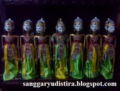 Jasa Pembuatan Wayang Golek Srikandi Arjuna