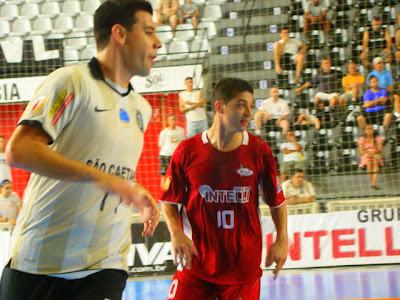 8d95bcb1de Intelli goleia Corinthians no Parque São Jorge pela Liga Futsal