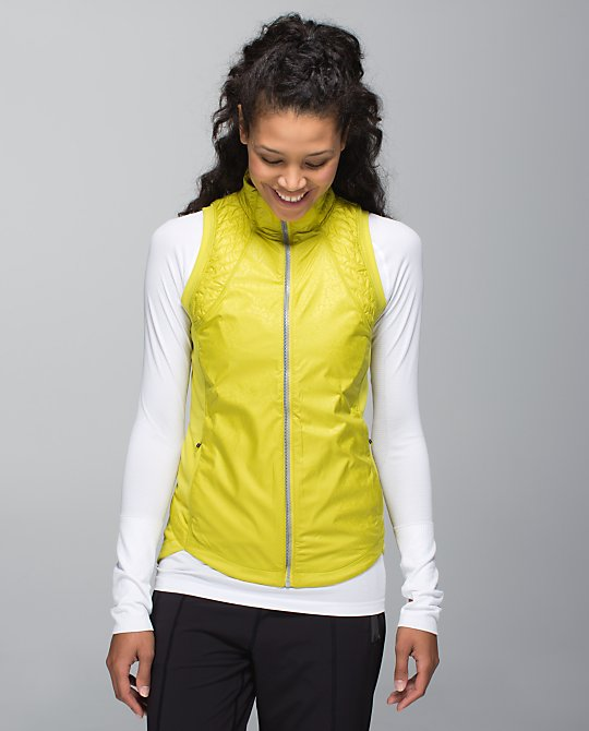 lululemon almost pear rebel runner vest