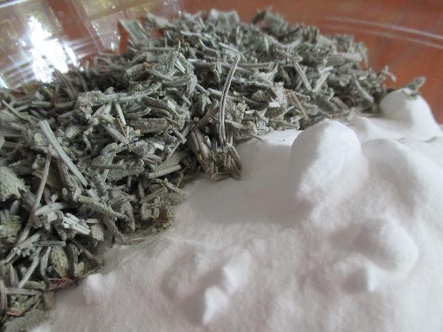 Homemade No Chemicals Herbal Carpet Deodorizer