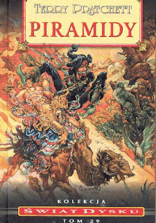 """Piramidy"" – Terry Pratchett"
