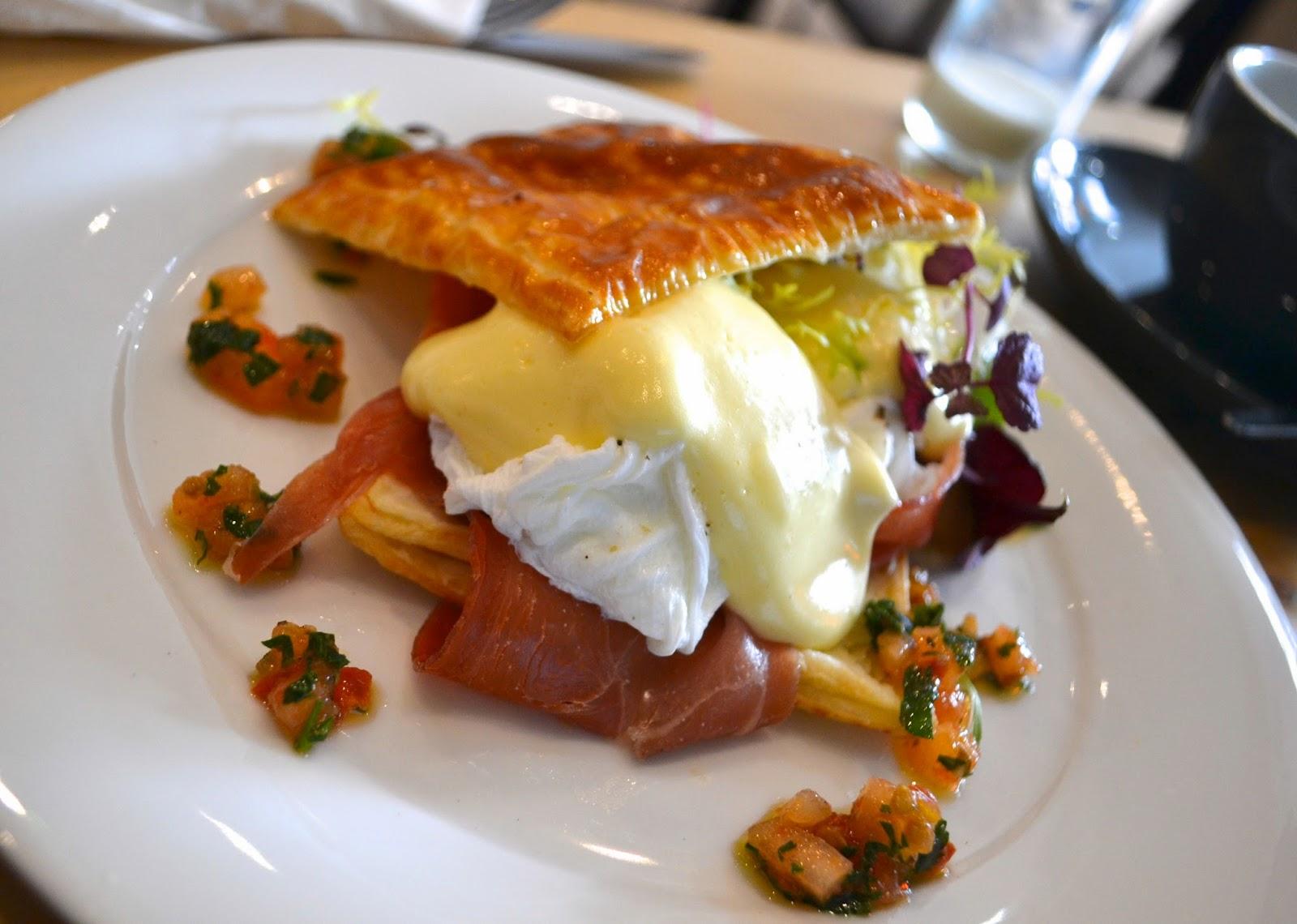 Tart Brunch London New Treat Eggs Benedict Yum