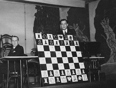 Los ajedrecistas Alekhine y Koltanowski, en Amberes en 1937