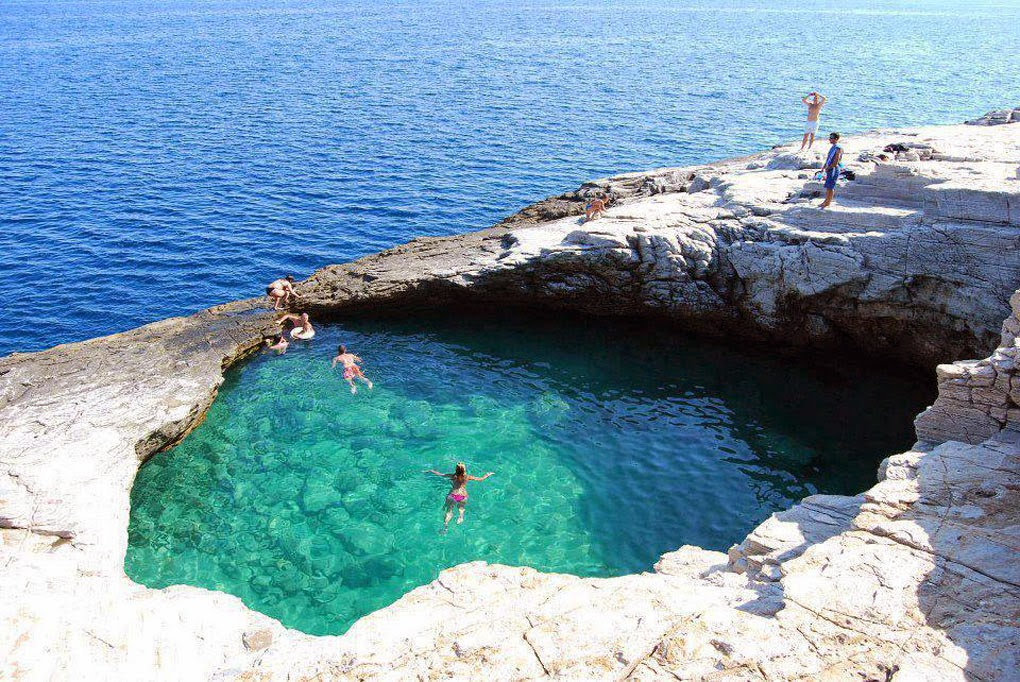 Natural Pool - Santorini