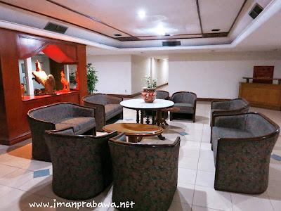 Lobby Hotel Penta Cirebon