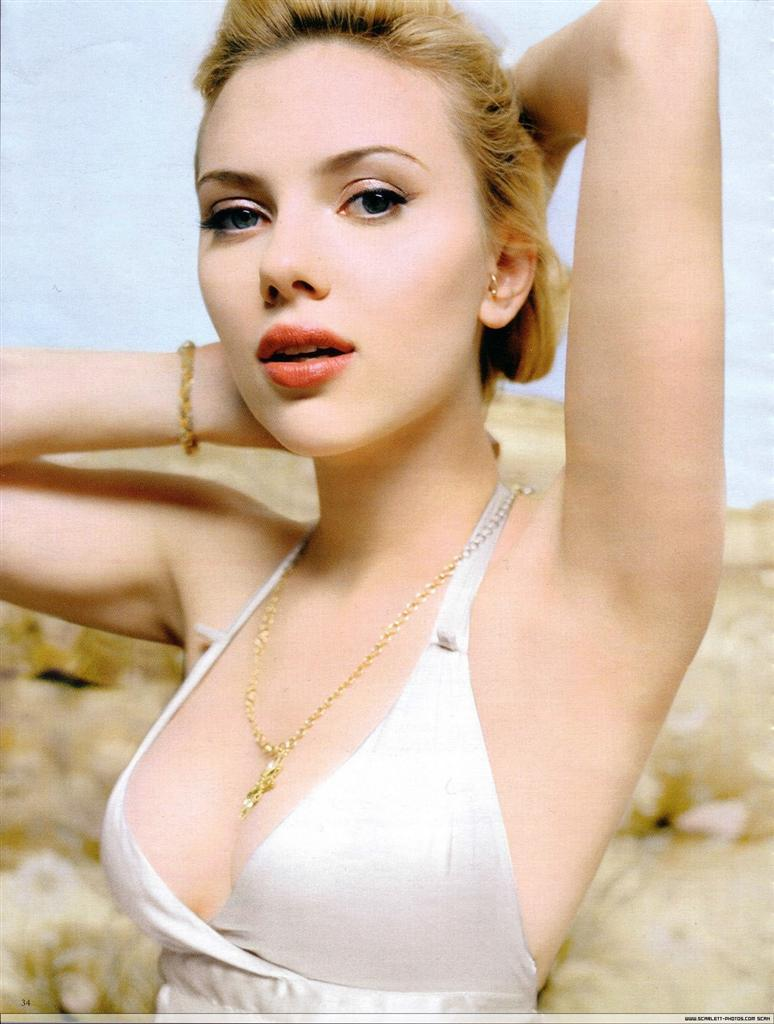 Scarlett Johansson Biography and Photos-