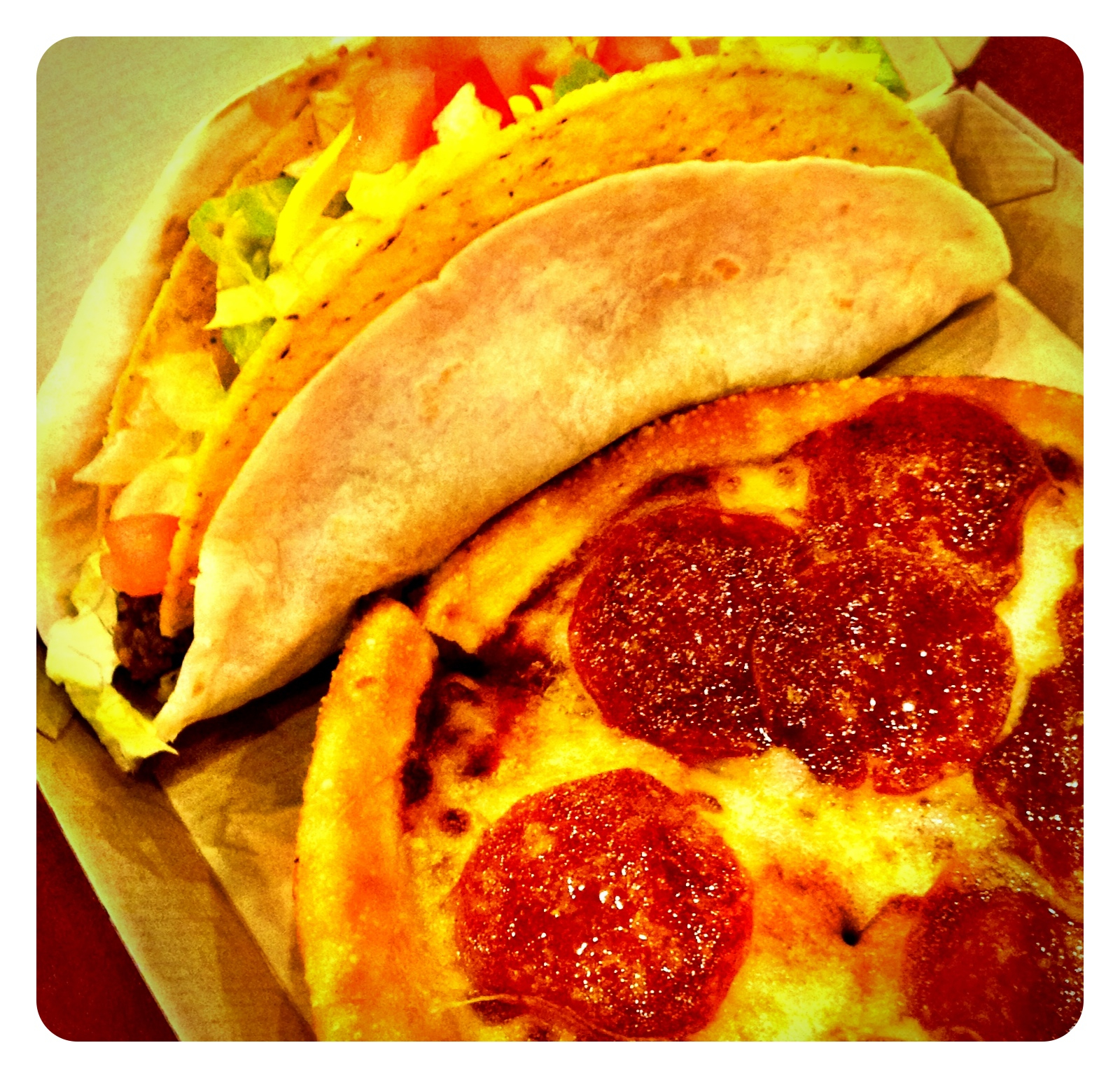 Taco Bell Pizza Hut Express Double Delight Snaxtime