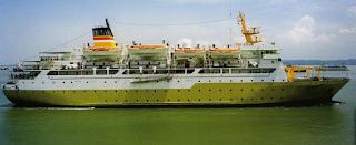 Kapal Pelni AWU