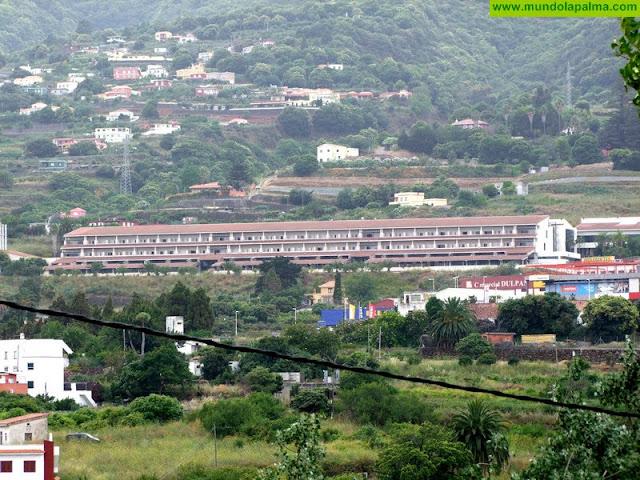 El Hospital General de La Palma lleva a los niños hasta quirófano en un cochecito deportivo