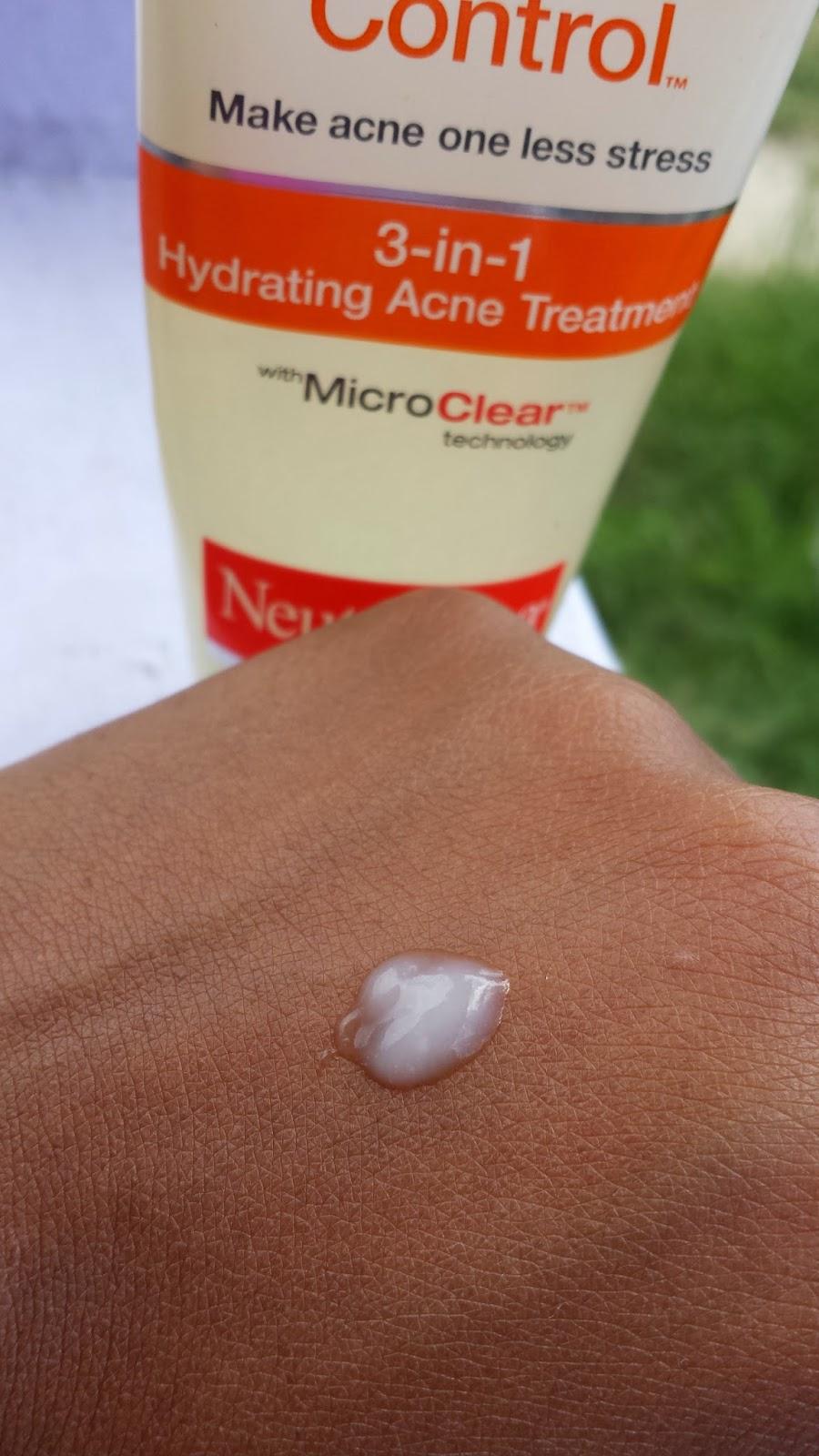 Neutrogena Acne Stress Control 3-in-1 Hydrating Acne Treatment swatch - www.modenmakeup.com