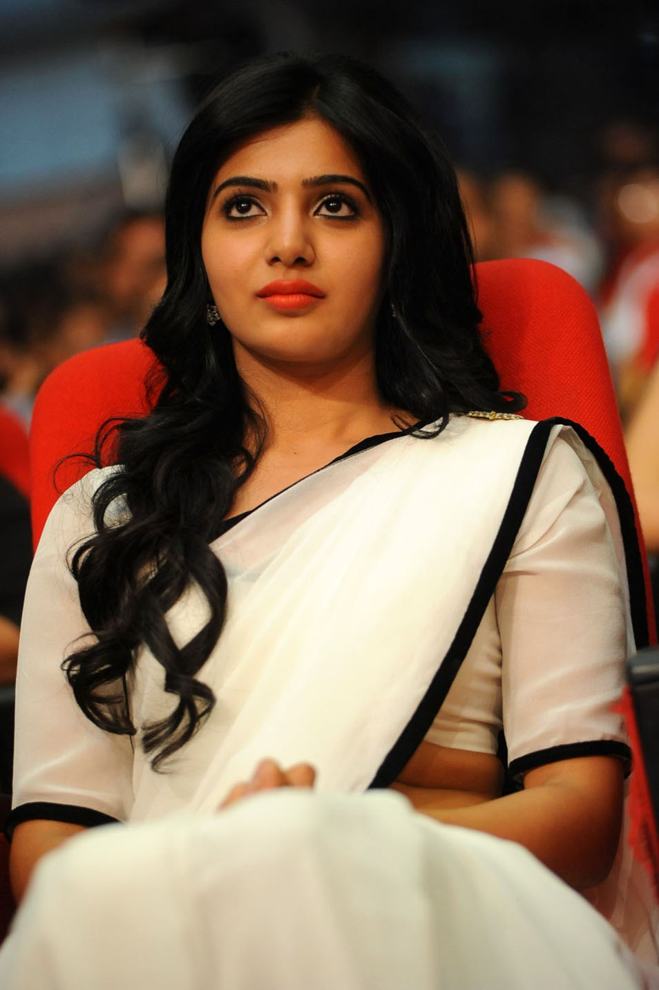 Cute samantha from svsc platinum disc launch