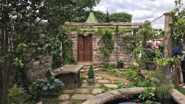 Piedra, albariño y hortensias. Los pazos gallegos en Hampton Court 2017