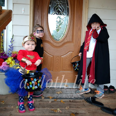 Harry Potter, Batgirl, Wonder Woman, Processor McGonagall costumes, cosplay