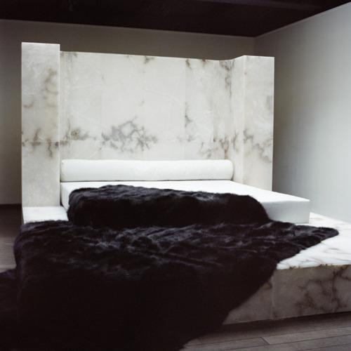 marmur l łóżko l meble
