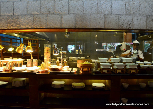 a posh Breakfast Buffet at Bluewater Maribago