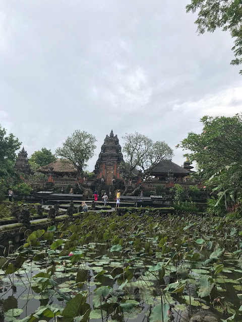 pura tawan sarawasti temple bali