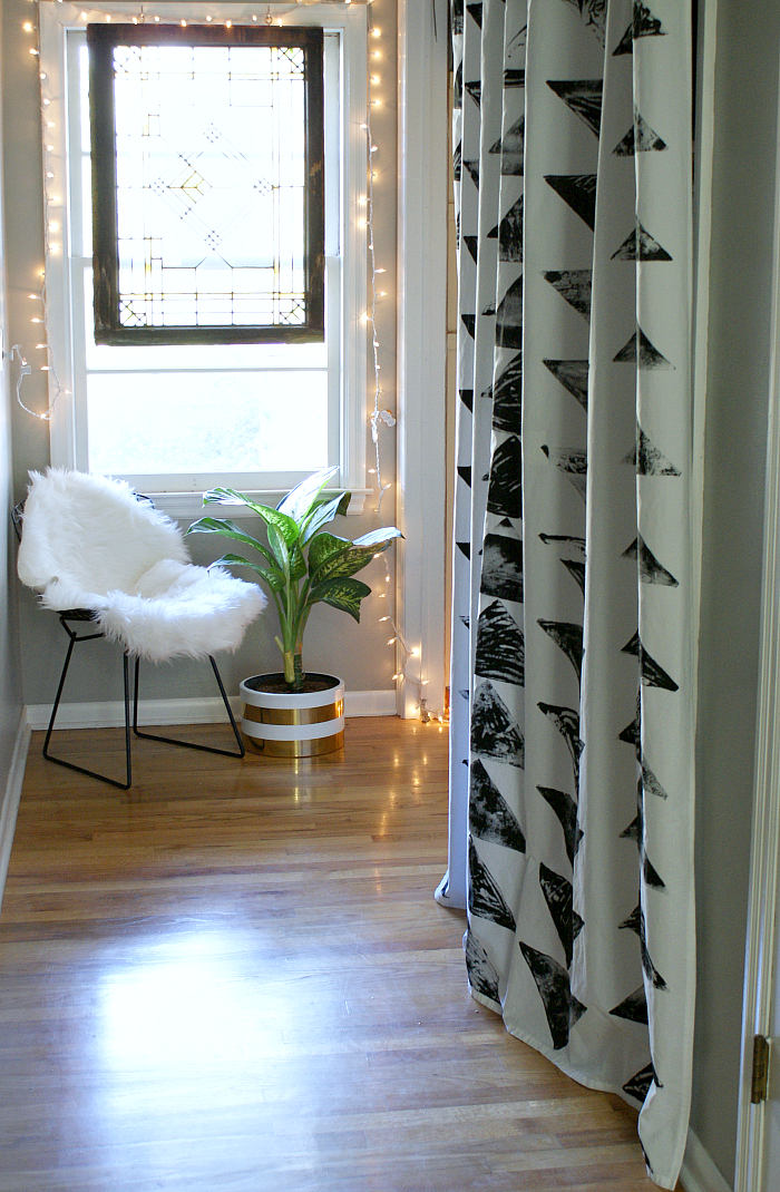 How to Make Geometric Block Stamped Curtains