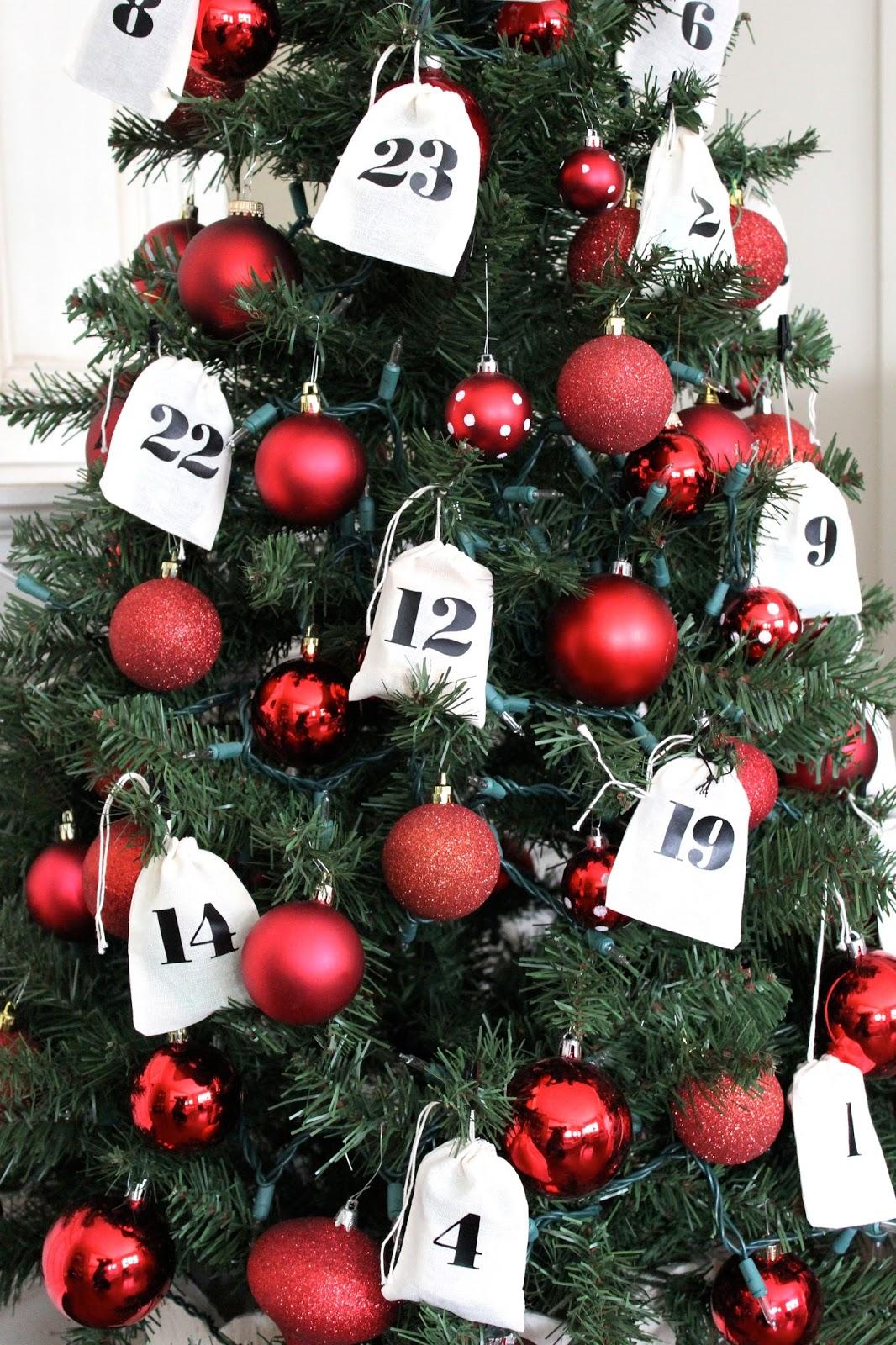 The Yellow Cape Cod Easy Advent Calendar Tree