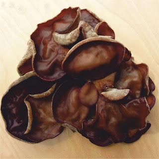 jamur kuping hitam