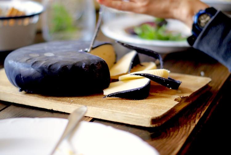 prawdziwy ser żółty, historia sera, produkt seropodobny, Jak odróżnić ser od produktu seropodobnego, produkt seropodobny zdrowie, prawdziwy ser skład