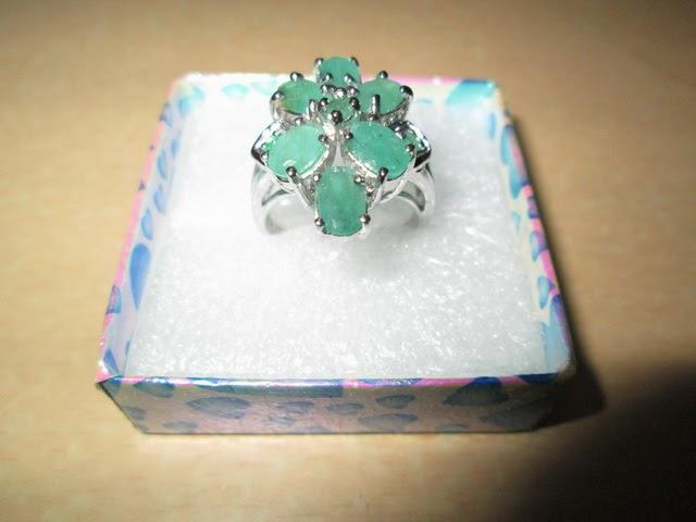 cincin batu Zamrud wanita